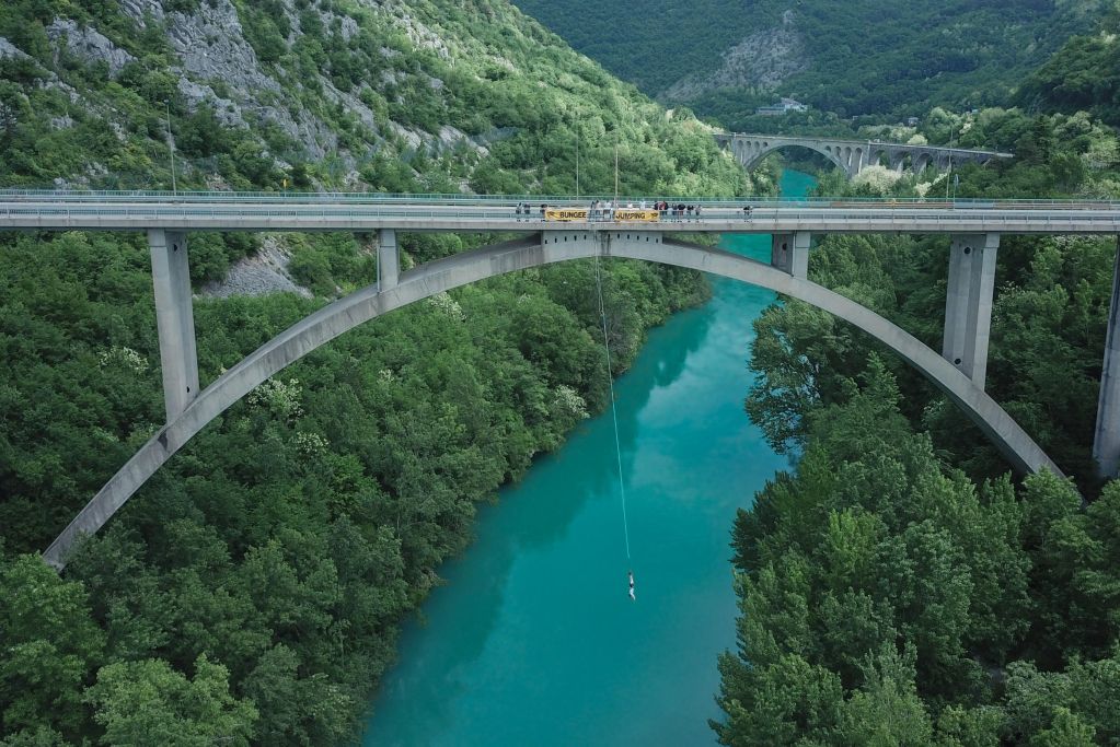 Bungee jumping | Vipava Valley | Official tourist web portal